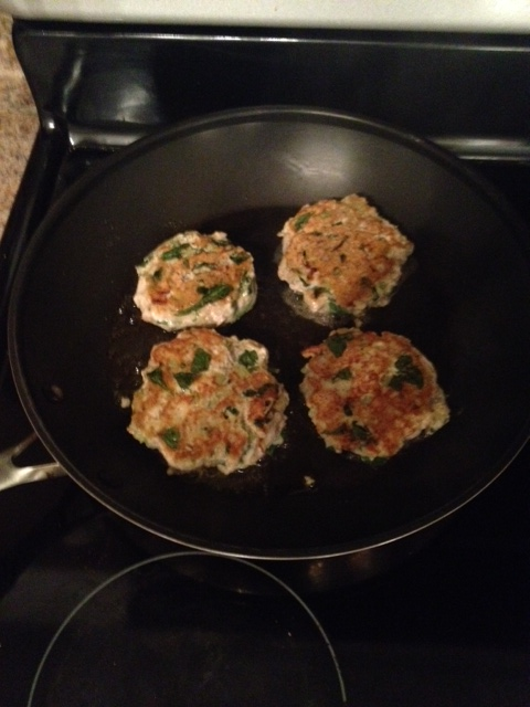 Healthy Ground Chicken Spinach Burgers